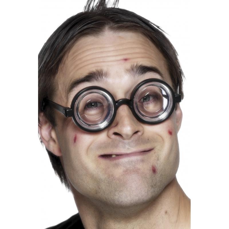 Dikke glazen brillen